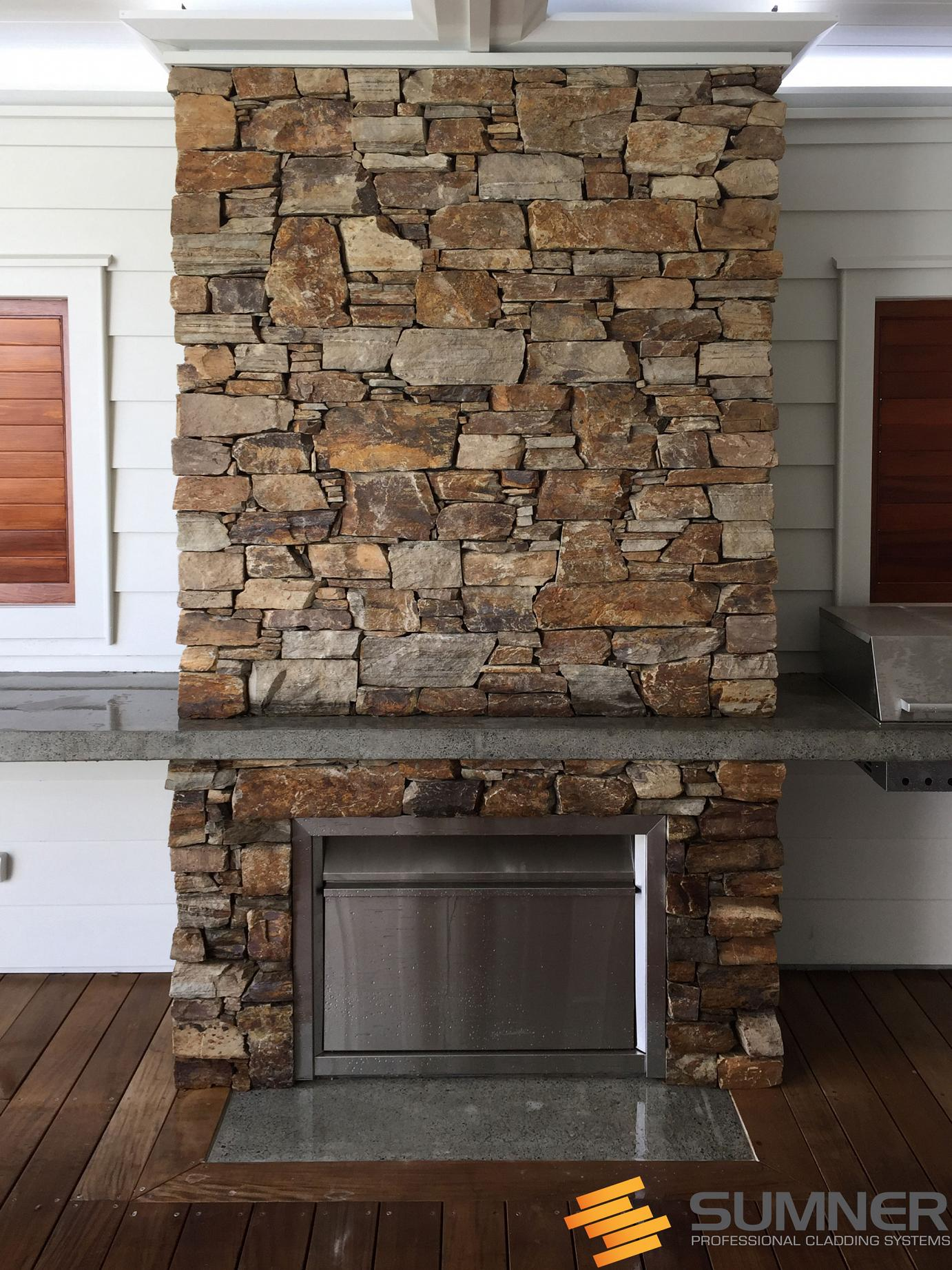 SUMNER Brown Fireplace